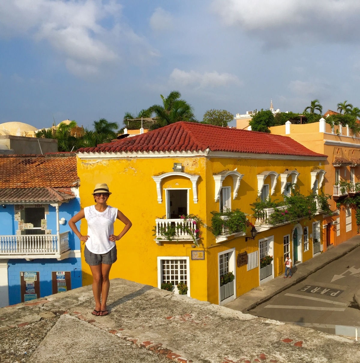 how to get to cartagena colombia