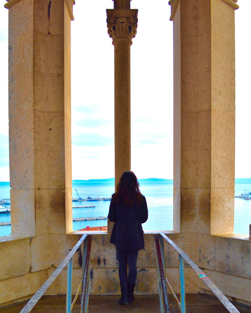Thanks to Anisha, a senior at Syracuse University, for sharing her travel tips on Split, Croatia. Follow her on instagram @_pairofpassports